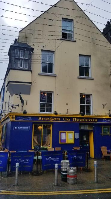 Tigh Neachtain Pub (our favorite!)